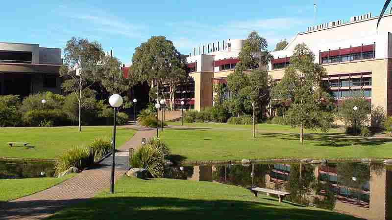 Universities and colleges in Australia